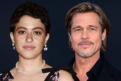 Angelina Jolie tức giận vì Brad Pitt dẫn tình mới đến gặp các con?