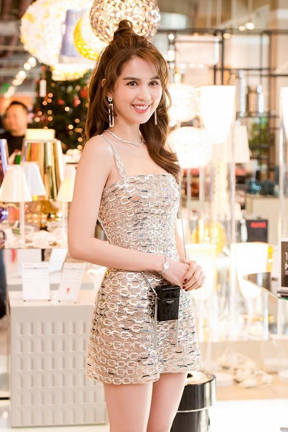 Nhã Phương cùng 2 'nữ hoàng' Ngọc Trinh – Angela Phương Trinh lên đồ thảm đỏ đẹp nhất tuần qua