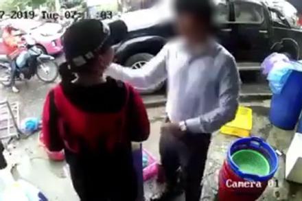 'Soái ca' Hải Phòng lên tiếng sau khi bị ném đá vì tát chị bán tôm: 'Đánh phụ nữ là sai nhưng tôi không nhịn được'