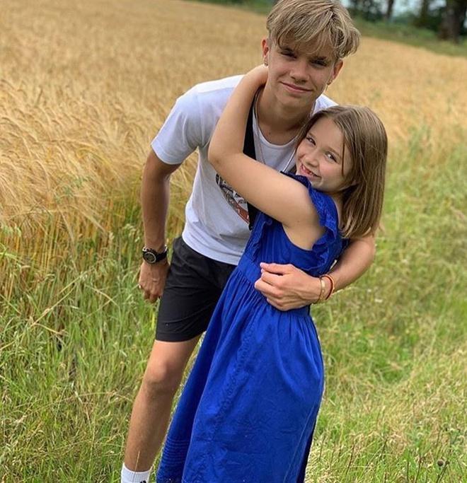 Con trai 17 tuổi của David Beckham khoe ảnh cao hơn bố-4