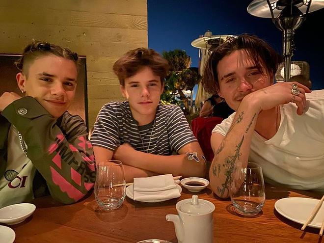 Con trai 17 tuổi của David Beckham khoe ảnh cao hơn bố-6