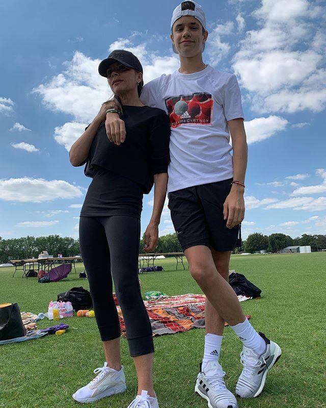 Con trai 17 tuổi của David Beckham khoe ảnh cao hơn bố-7