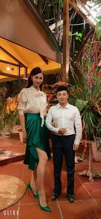 Sau Ngọc Trinh, đến lượt ca sĩ Quang Linh đã hạt tiêu còn bị Hải Triều dìm hàng thê thảm khi đứng cạnh-2