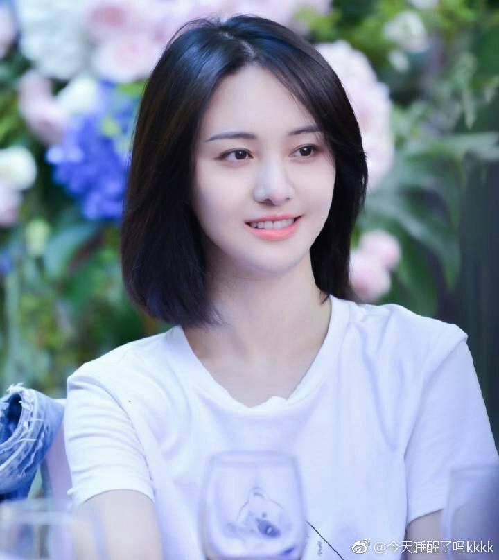 Angela Baby, Trịnh Sảng và hội mỹ nhân mặt đơ trên màn ảnh Hoa ngữ năm 2019-3
