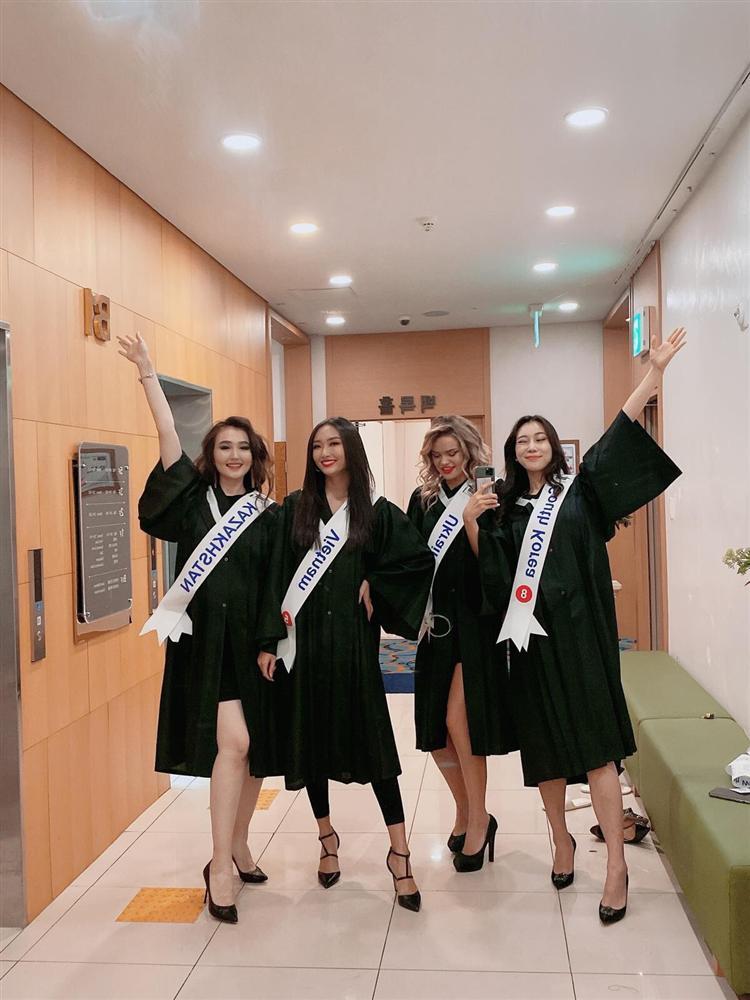 Đi thi trong lặng lẽ, Thanh Khoa bất ngờ đăng quang Hoa hậu Sinh viên Thế giới 2019-9