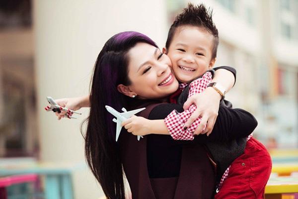 Con trai Ngô Kiến Huy hỏi sự thật về bố, Thanh Thảo xót xa mong con đừng quan tâm quá khứ buồn đau-1