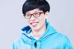 'MC quốc dân' Yoo Jae Suk nói gì khi dính tới nghi án quấy rối tình dục