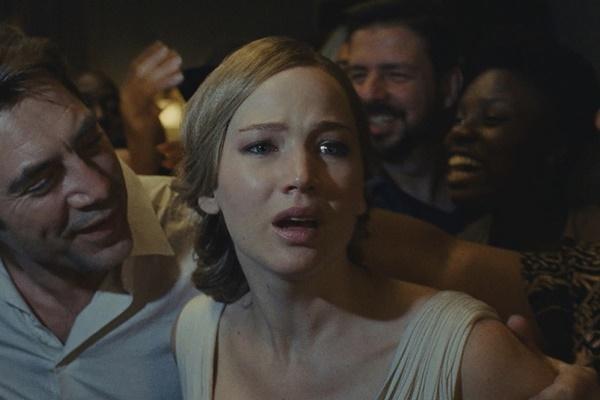 Loạt phim gây tranh cãi lớn vì bạo lực, tình dục trong thập kỷ qua-9