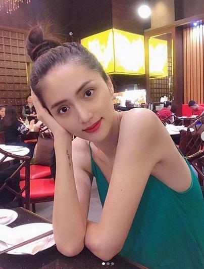 huong-giang Huyền Baby mặc quần như không ra phố, Hương Giang gầy gò