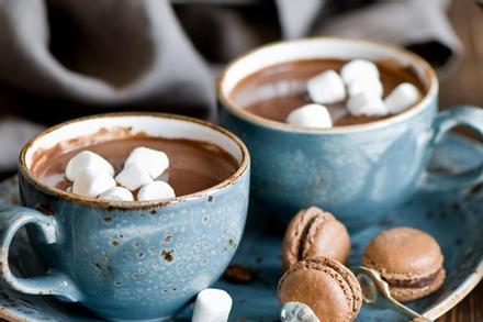 Tự làm chocolate nóng cho ngày Giáng sinh