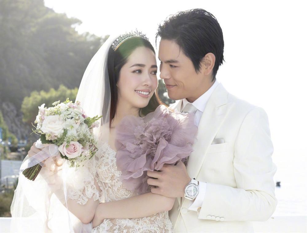 Những đám cưới hot nhất Cbiz năm 2019: Người xa hoa bạc tỷ, kẻ giản dị bất ngờ-14