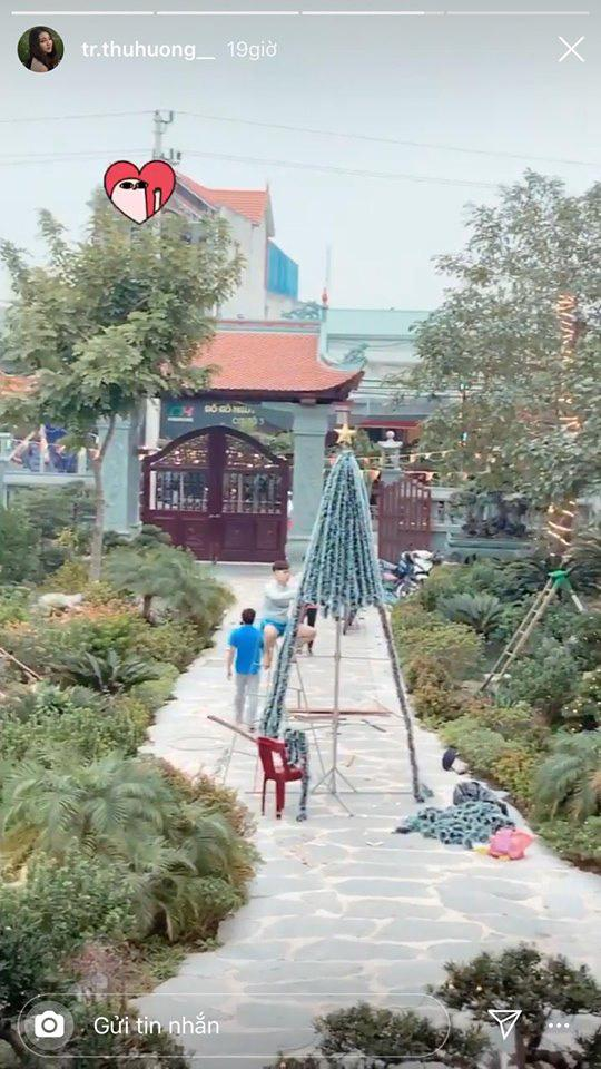 Khoe ảnh đón Giáng sinh, cô dâu 200 cây vàng ở Nam Định làm ai cũng xuýt xoa khi ở trong biệt phủ siêu đẹp-4