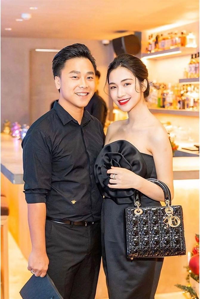 Vô tư đăng ảnh chưa photoshop, Hòa Minzy lộ rõ cơ thể tròn trịa giữa nghi án sinh con-5