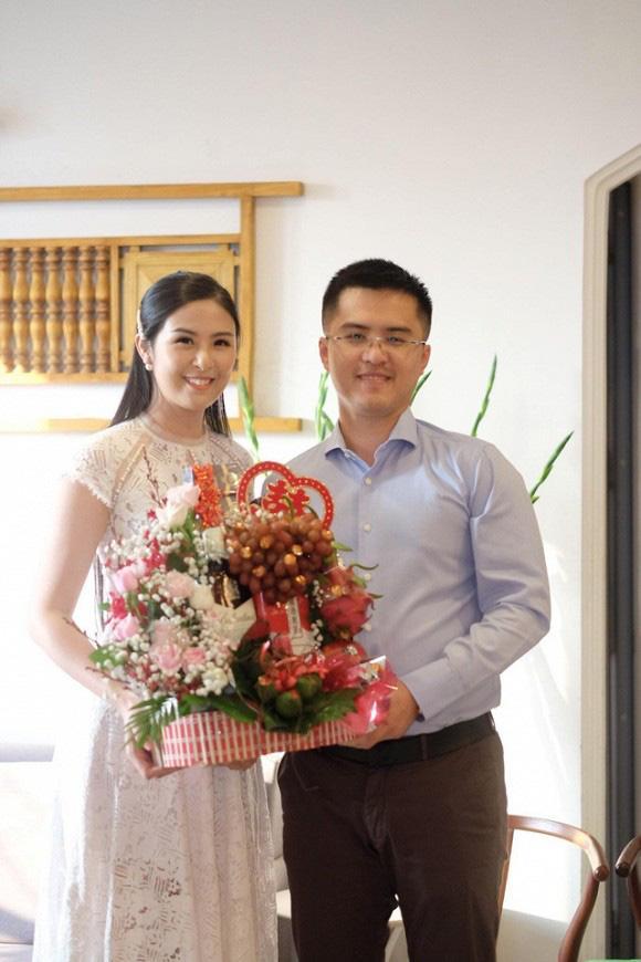 HOT: Lộ ảnh hoa hậu Ngọc Hân bí mật làm lễ dạm ngõ với bạn trai lâu năm?-2