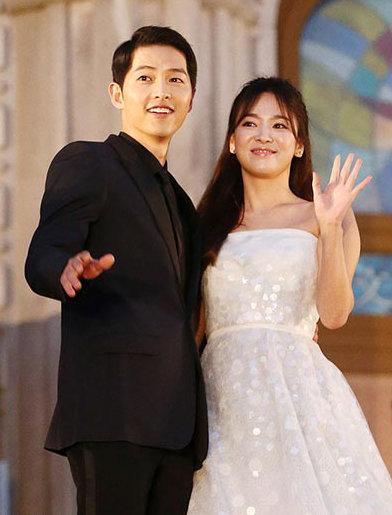 Khả năng Song Hye Kyo - Song Joong Ki tái hợp là 0%-3
