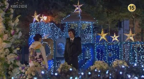 GÓC ĐÀO MỘ: Điểm danh những kiểu Giáng sinh xuất hiện trong phim Hàn-2