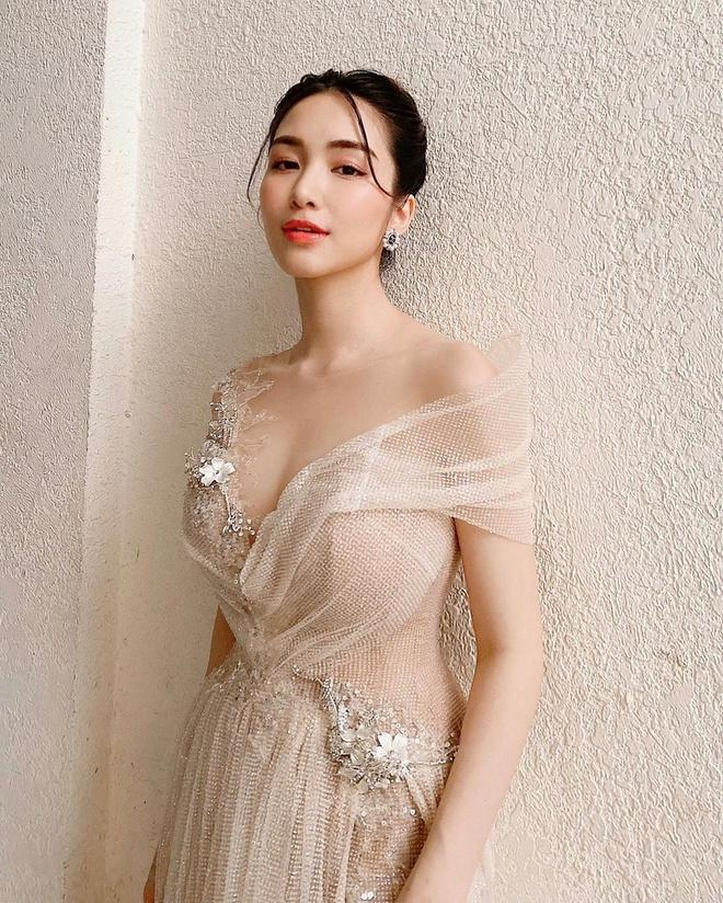 Hòa Minzy thay đổi phong cách sau tin đồn vừa sinh con