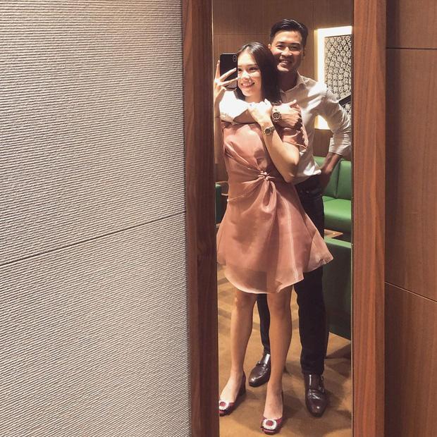 Em chồng Hà Tăng và bạn gái hotgirl khẳng định chủ quyền nhờ nét tướng phu thê chuẩn cơm mẹ nấu-1