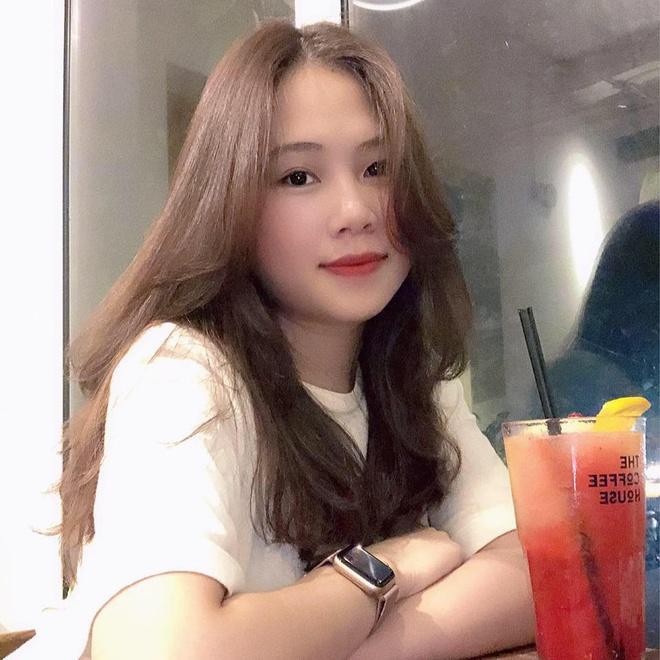 Nhan sắc 3 nàng WAGs cùng tên Trang của tuyển Việt Nam-7