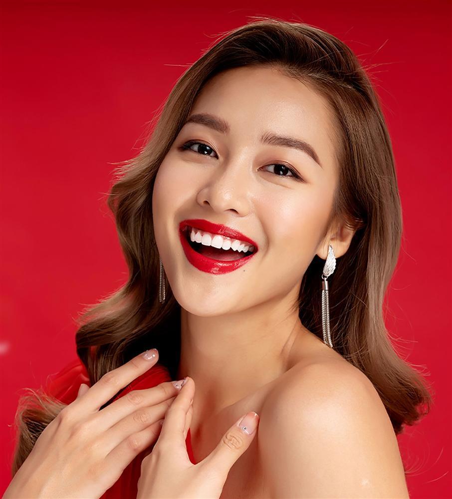 2 nhóm bạn thân lên đồ đón Giáng Sinh: Chi Pu nhảy sexy theo phong cách Mean Girls cân cả dàn Kaity, Trang Hý, Hoàng Yến Chibi-7