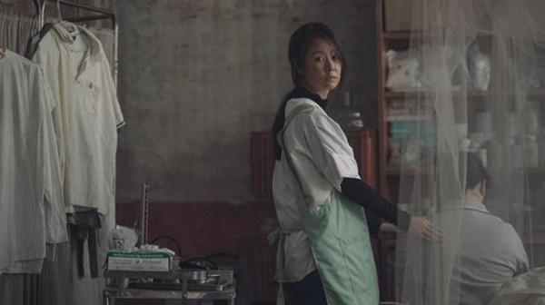 Dính tin đồn bị Hoắc Kiến Hoa đánh đập, Lâm Tâm Như đi làm công nhân vệ sinh-6
