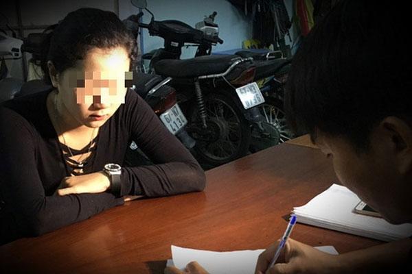 Clip: Nữ nhân viên massage ở An Giang đâm chết khách hàng vì dám quỵt 250.000 tiền bo-2