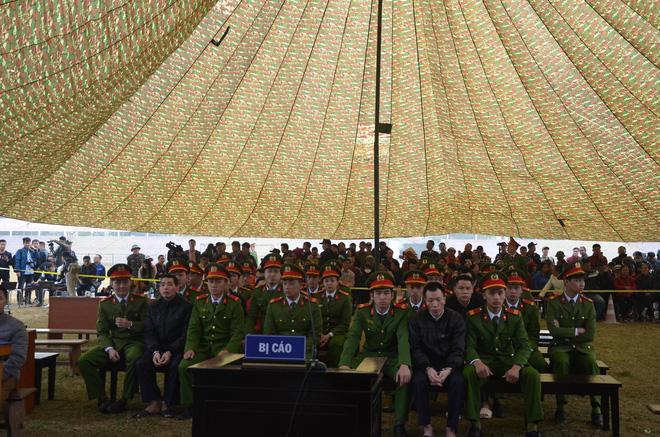 Chị gái nữ sinh giao gà: Mong tòa xử tử cả 9 tên cầm thú này, nhất là Bùi Kim Thu-1