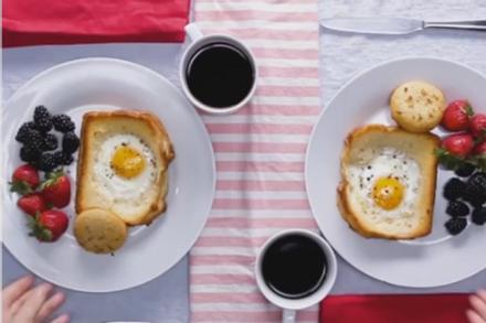 Tự tay chuẩn bị bữa sáng lấy cảm hứng từ nước Mỹ