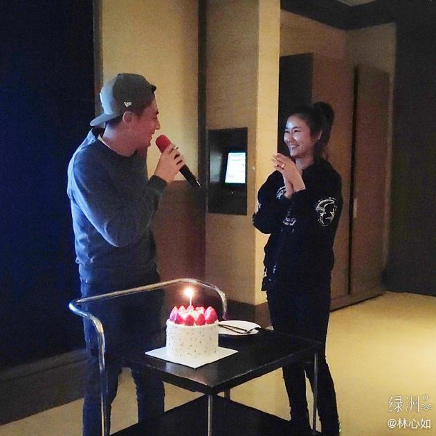 Lâm Tâm Như mừng sinh nhật Hoắc Kiến Hoa, dập tin đồn hôn nhân rạn nứt, chồng đánh mỏi tay-1