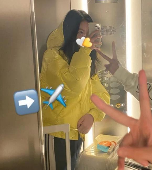 Không chỉ sành điệu, con gái 13 tuổi của Vương Phi còn gây sốt với chiều cao đáng ngạc nhiên-5