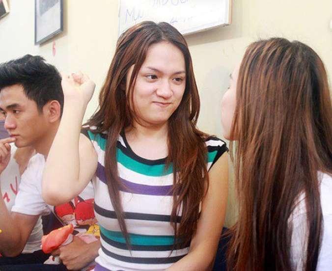 Giật mình với gương mặt biến đổi của Hương Giang sau 7 năm vào showbiz-11