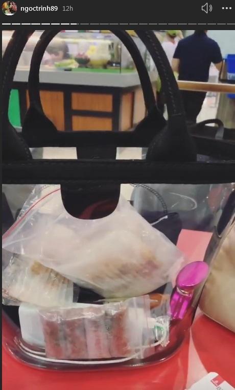 Chất chơi made by Ngọc Trinh: Mua túi hiệu 22 triệu đồng chỉ để đựng bánh tráng, tôm khô-4