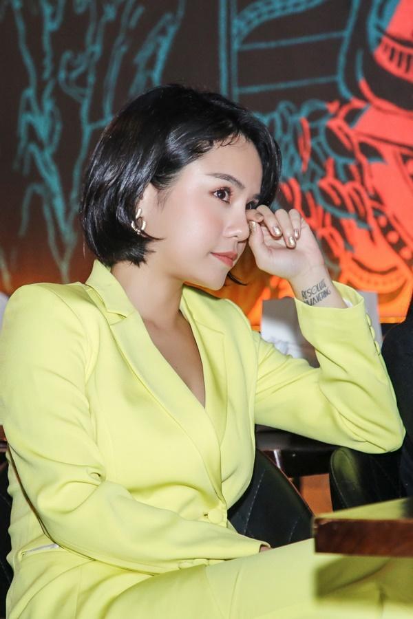 Thái Trinh từng ám chỉ tiểu tam cướp mất Quang Đăng trong MV ra mắt sau khi chia tay-4