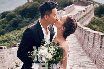 Cựu thành viên Super Junior Hàn Canh tung ảnh cưới đẹp như mơ trên Vạn Lý Trường Thành