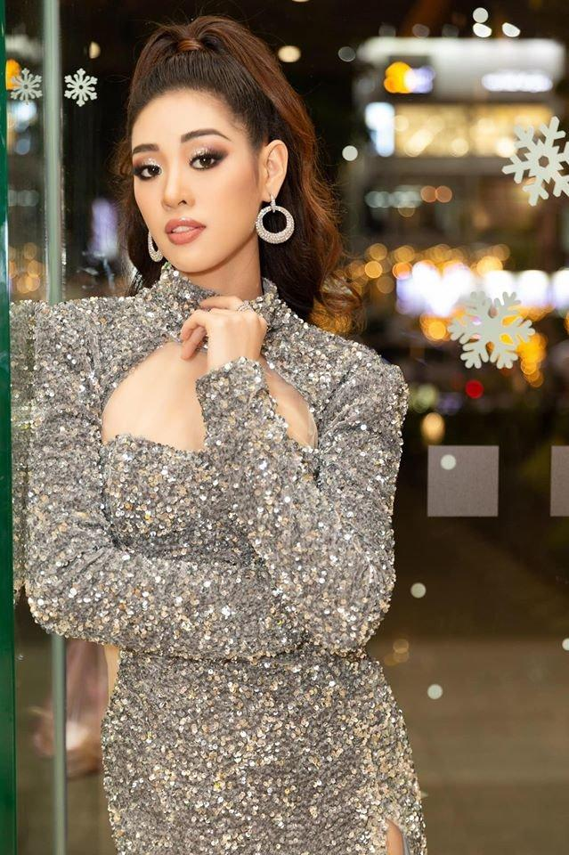 SAO MAKE OVER: Hoa hậu Khánh Vân - HHen Niê mất điểm vì phong cách trang điểm già chát, không hợp mặt-2