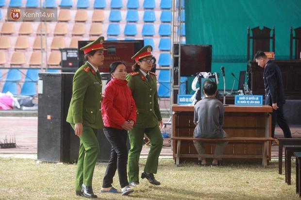 Vì sao Bùi Thị Kim Thu - kẻ gây phẫn nộ nhất vụ nữ sinh giao gà chỉ bị truy tố mức án tối đa là 3 năm tù?-4