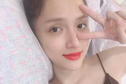 Vừa mổ ruột thừa, Hương Giang nằm dưỡng bệnh mà vẫn đẹp đúng chuẩn Hoa hậu
