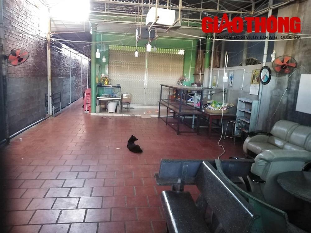 Phụ huynh vây cơ sở dạy kèm miệt thị, đánh dã man học sinh ở Ninh Thuận-2