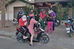 Phụ huynh 'vây' cơ sở dạy kèm miệt thị, đánh dã man học sinh ở Ninh Thuận