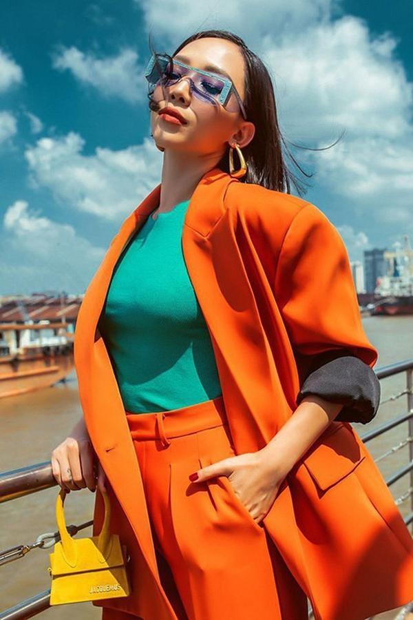 Những loại phụ kiện dẫn đầu xu hướng thời trang khiến sao Việt đua nhau sắm trong năm 2019-7