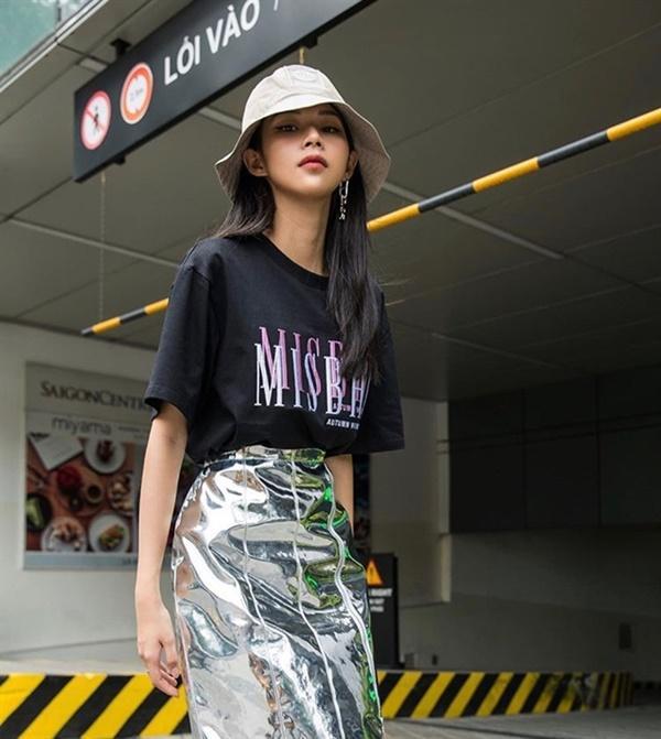 Những loại phụ kiện dẫn đầu xu hướng thời trang khiến sao Việt đua nhau sắm trong năm 2019-9