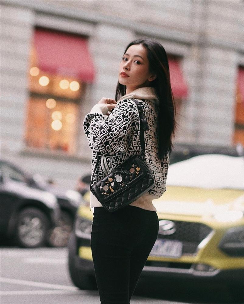 Chi Pu và Phượng Chanel đụng hàng áo khoác gần 100 triệu mà một trời, một vực-5