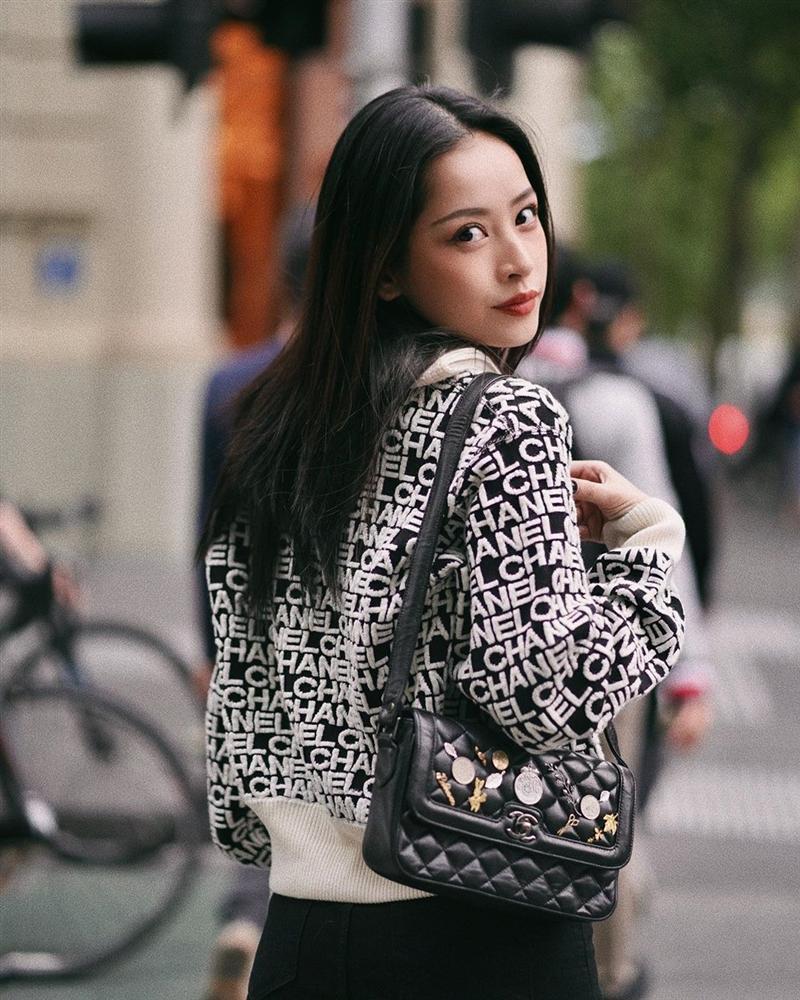 Chi Pu và Phượng Chanel đụng hàng áo khoác gần 100 triệu mà một trời, một vực-4