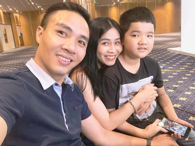 MC Hoàng Linh dành tình cảm ra sao với con riêng của chồng?-7