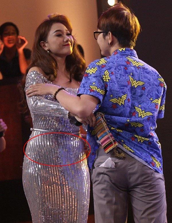 Không khác nhiều phụ nữ, Hari Won cuối năm cũng đau đầu vì tăng cân mất kiểm soát-5