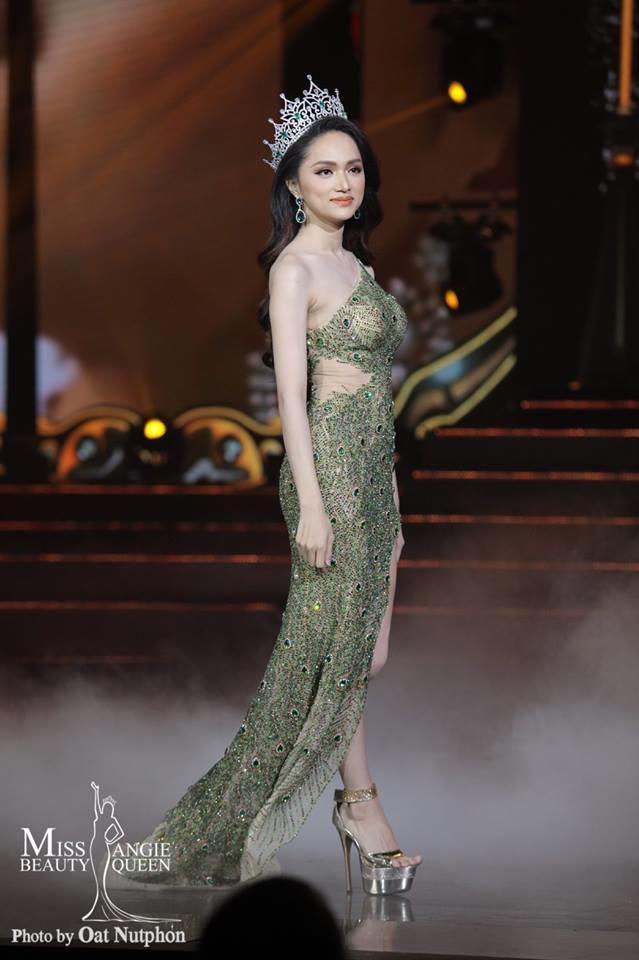 HHen Niê - Hương Giang - Phương Khánh: Ai để lại ấn tượng khi Final Walk?-3