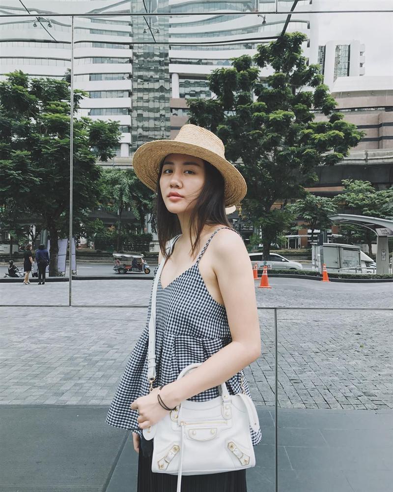 Lên đồ cực gắt khi dự sự kiện, street style của Văn Mai Hương lại trẻ trung nhờ cách mix đồ đáng gờm-8