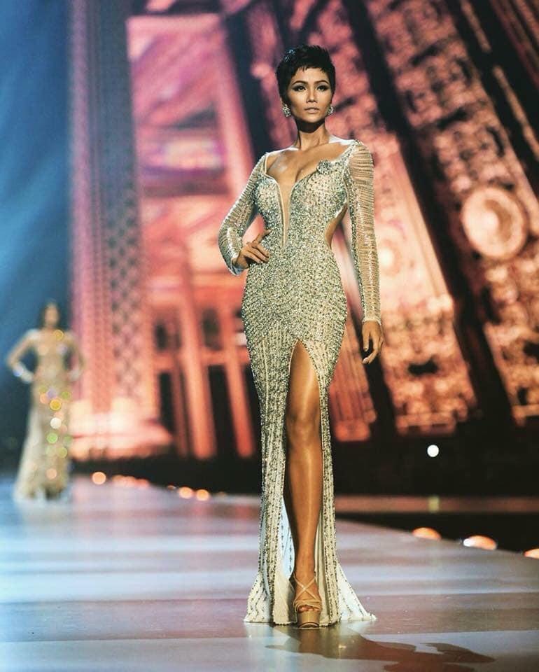 POWER of SHORT HAIR: HHen Niê được yêu thích hơn cả tân Hoa hậu Hoàn vũ Zozibini Tunzi-12