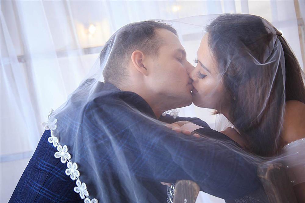Cô gái Việt lấy giám đốc ngân hàng Nga, ngày kết hôn mẹ chồng cầm tay cảm ơn rối rít-5