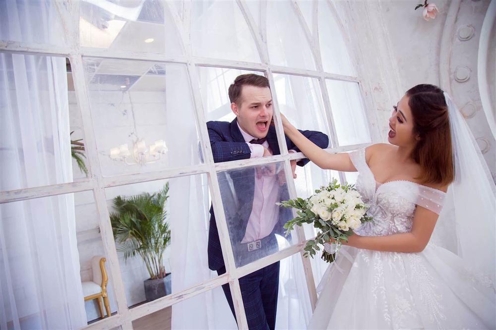 Cô gái Việt lấy giám đốc ngân hàng Nga, ngày kết hôn mẹ chồng cầm tay cảm ơn rối rít-4